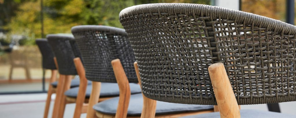 Purchase the Best Outdoor Furniture