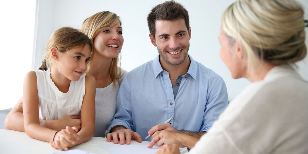 How the family lawyers help you in handling the family-related issues